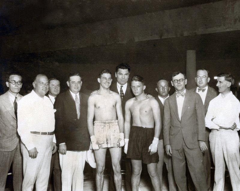 CELEBRITIES 2-331 boxers Baby Stribling Jack Dempsey  Willie Norwood in Miami 1924..jpg