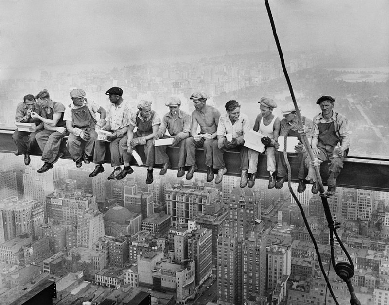 MISCELLANEOUS 9-000 Men on Beam at Rockefeller Center 1932.jpg