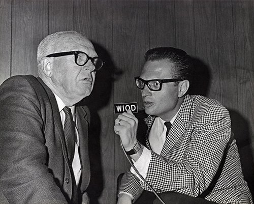 CELEBRITIES (2-322LR) Larry King at one of his first jobs as radio talk show host in Miami.jpg