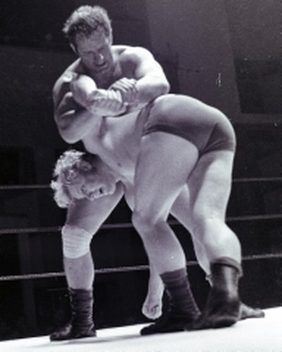 Albert Rocky Wall v Al Hayes(blonde hair)6  edited  28Jul70.jpg
