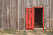 Red barn door-8f75f.jpg