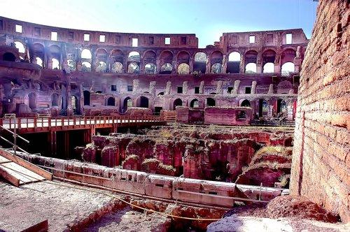 colisseum.jpg