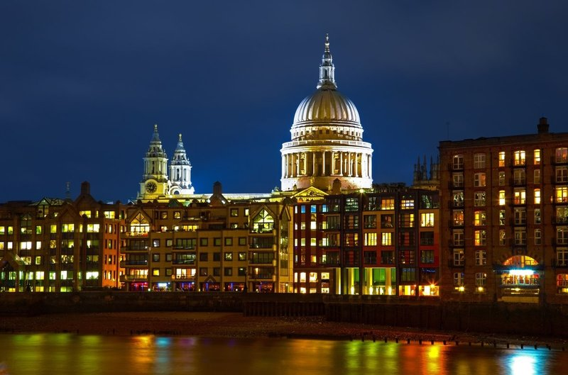 Colourful River view of St Pauls_i.jpg