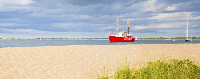 Panorama of a beach on Nantucket Island - Massachusetts - USA.jpg