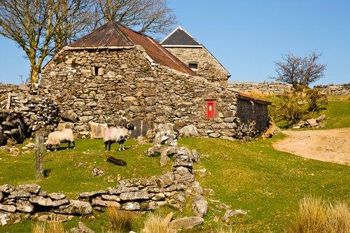 Dartmoor Post Box.jpg