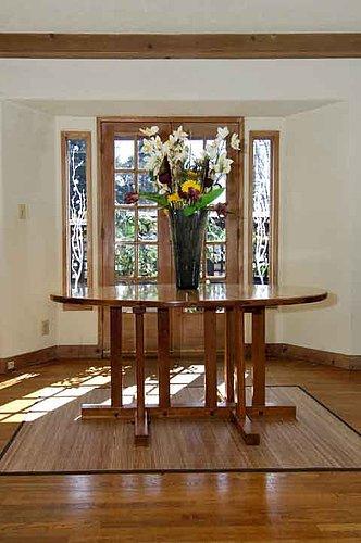 Kitchen-table-in-l.vingrm.jpg
