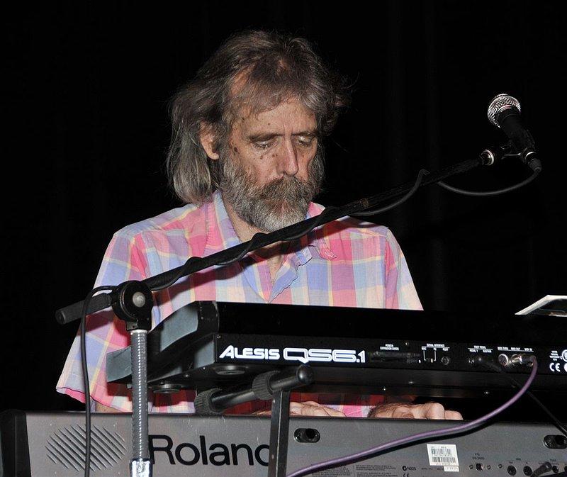 _ND30924e.jpg :: Kevin Pakulis Band, Rialto, Tucson, August 16, 2008