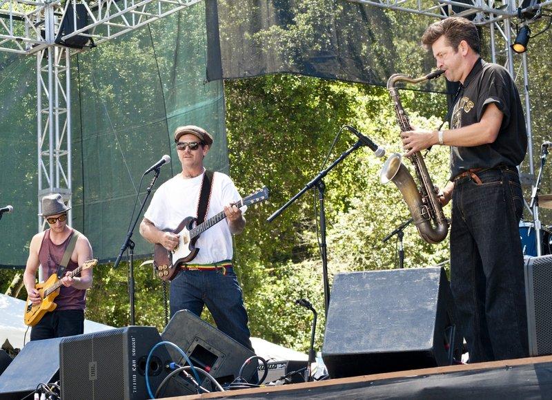 EL-Band-SCrzBF-2010-0529-020e-web1200.jpg