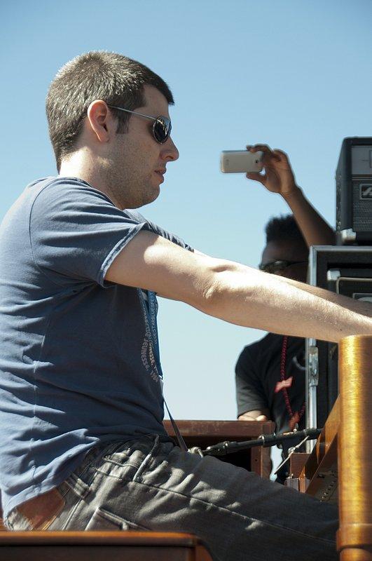 MS_Jonny_Henderson_Keyboards-COL-BluesFromTheTop-2011-0626-002e_WEB_1200.jpg