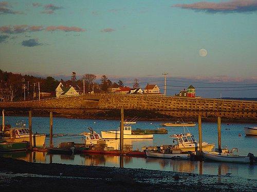 Lobster Boat Moonrise 20X30.jpg