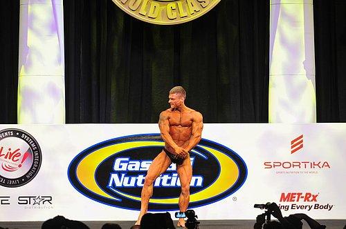 D29W-2617-Mens Classic Bodybuilding.jpg