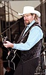 Toby Keith-96-25-17a.jpg