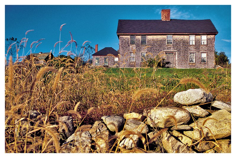 old farm house.jpg :: Pawcatuck - The 300 year old Davis family home.
