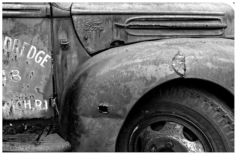 rusted-Ford-truck.jpg