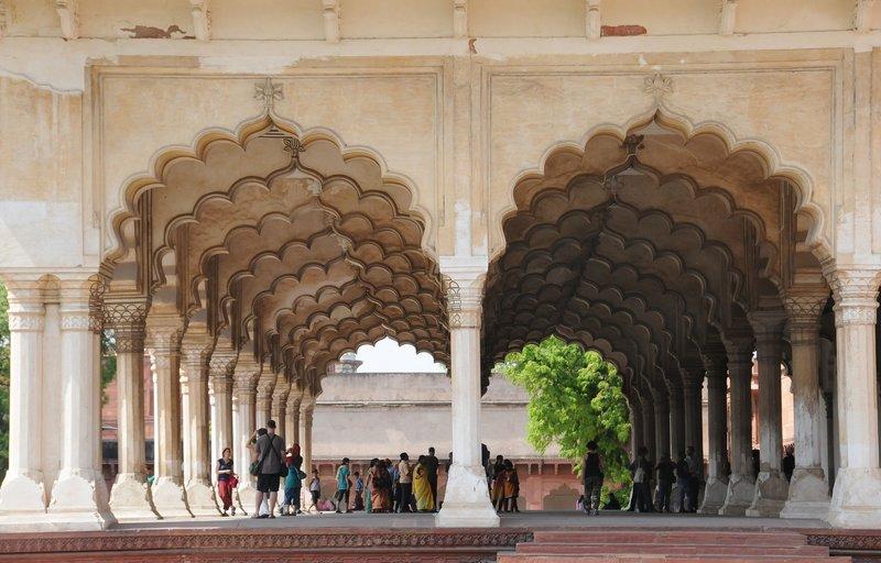 Agra Fort N 9765.jpg