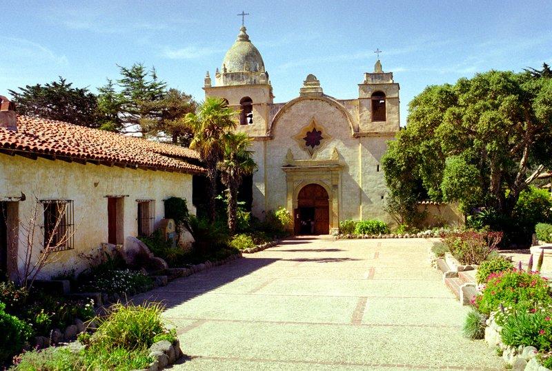 Carmel Mission ca.jpg
