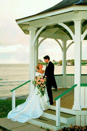 Brides Gazeb NOL W.jpg
