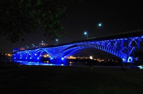 Peace Bridge Niagara (8) W.jpg