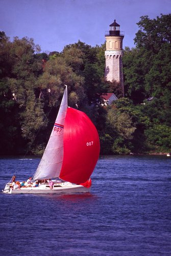 Sailing into Niagara River W.jpg