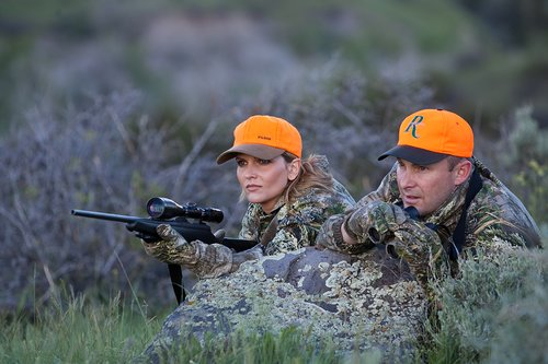 TC-Hunt-Women Big Game-D89992-00007.jpg