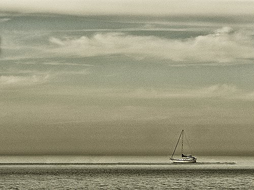 Boat on water.jpg