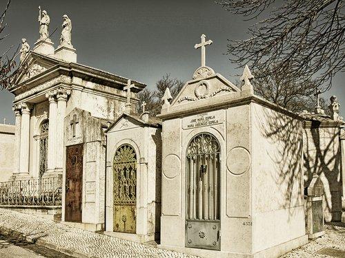Lisbon cemetary 3748.jpg