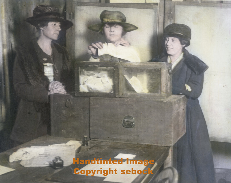 Womenvoting1921.jpg :: Women Voting for the First Time, 1921