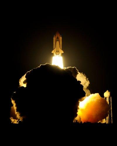 STS131_002.jpg