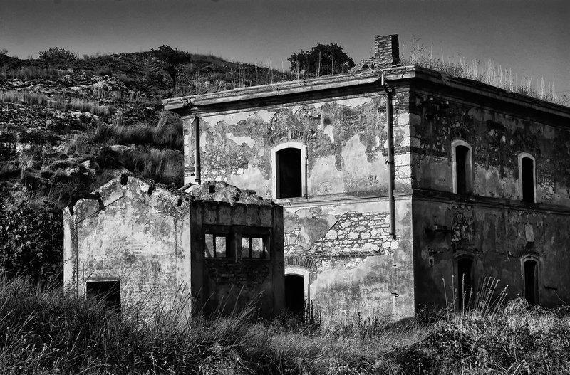 Empty House   Caltagirone Sicily.jpg :: Empty House  Caltagirone Sicily