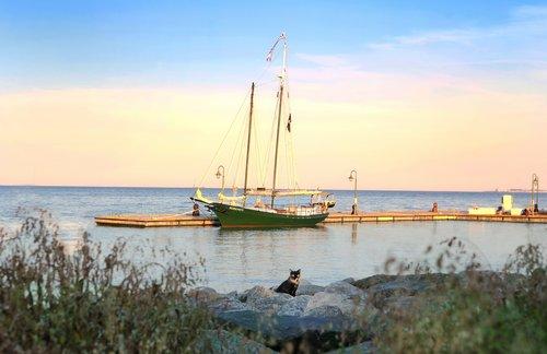 The Schooner Serenity YorktownVa..jpg