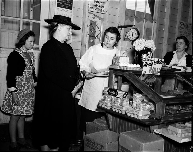 A211-C Montgomery Farm Womens Co-op Market Interior Bakery Wisconsin Ave 1939.jpg