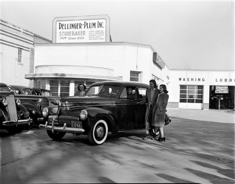 A367-D Dellinger Plum Inc Studebaker 1942.jpg