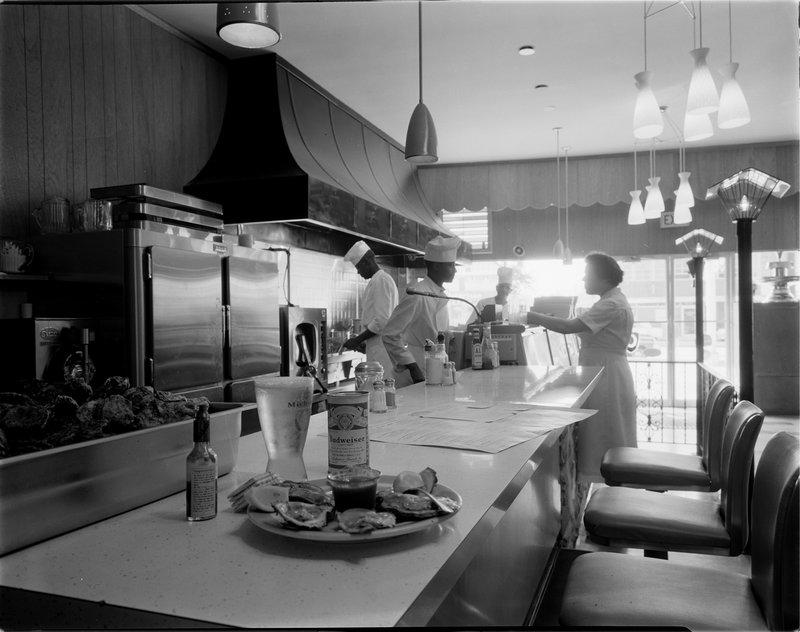 005-00042 Thompsons Restaurant Oyster Bar.jpg