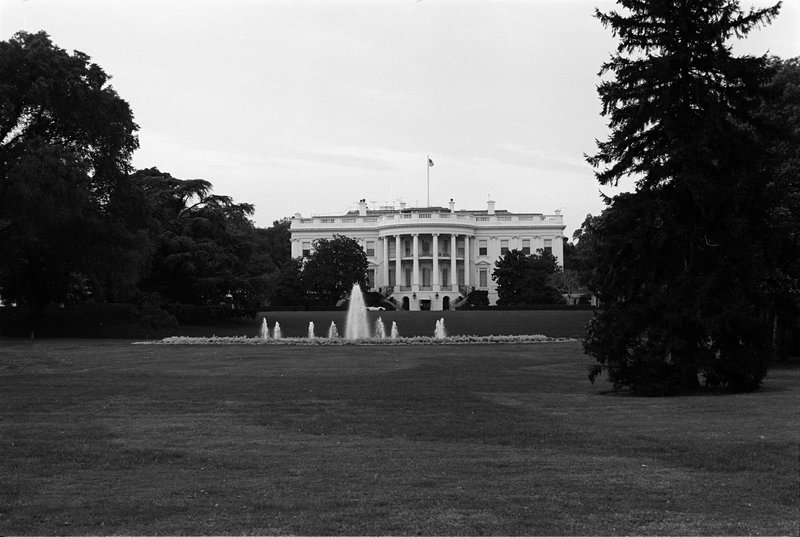 70-9A (005-00132) White House from a distance.jpg