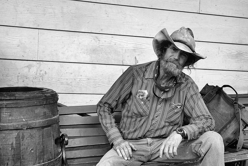 Cowboy Justin CA.jpg :: Julian, California Todays cowboy's are a vanishing breed of individuals hanging on as long as they can looking for yesteryear.