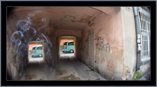 Czestochowa Alley 01.jpg