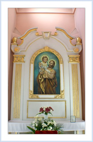 Int Shrine of Divine Mercy 02.jpg