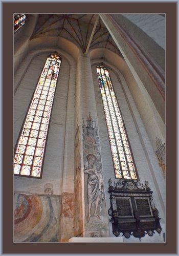 Torun Church 01.jpg