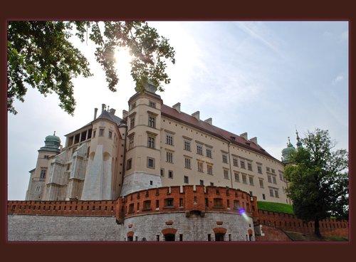 Wawel Castel Exterior 02 copy.jpg