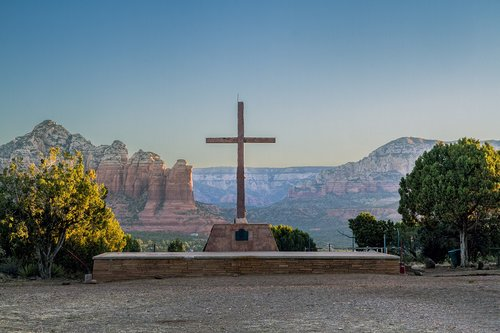sedona-shrine-red-rocks_5003-64.jpg