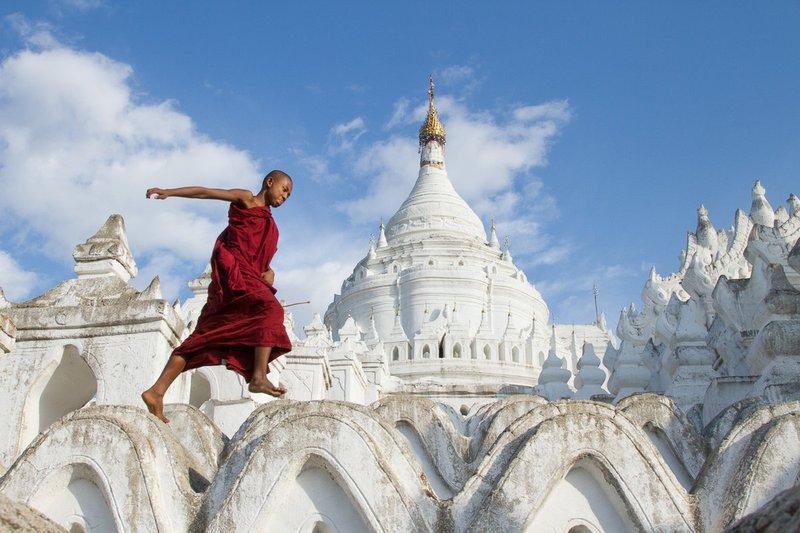 20121202Mingun Monastery-2236.jpg