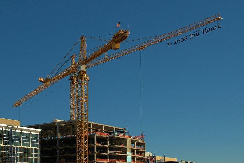 35_DSD0356 crane blue skies 002 122908.jpg
