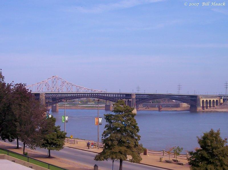 60_100_2699 mississippi river bridges 101907.jpg