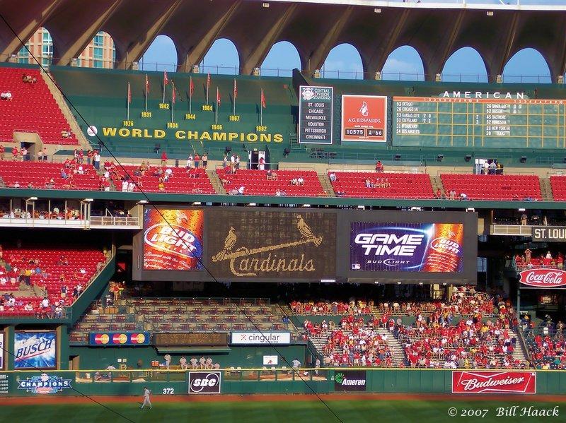 64_100_0620 old Busch interior arches 071805.jpg