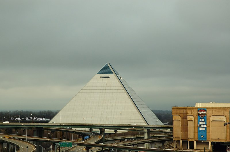 64_DSC_2224 Memphis pyramid 121206.jpg :: Once the home of a NBA basketball team (they now play in the FedEx Forum located just 2 miles away), the Pyramid is a famous Memphis landmark.