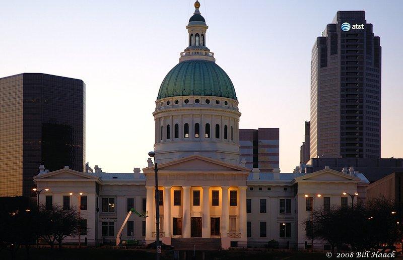 64_DSC_4776 old courthouse sunset 001 012608.jpg