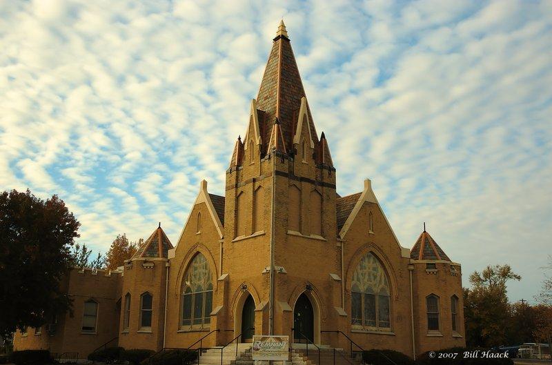 70_DSC_2047 Alton symetrical church 110807.jpg :: Aton, Illinois