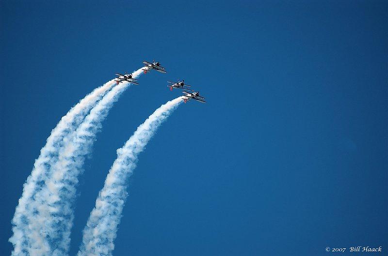 80_DSC_8336 4 smoking jets 090107.jpg