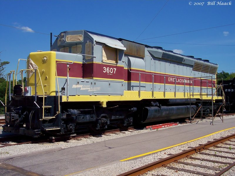 89_100_0120 Erie engine 080604.jpg