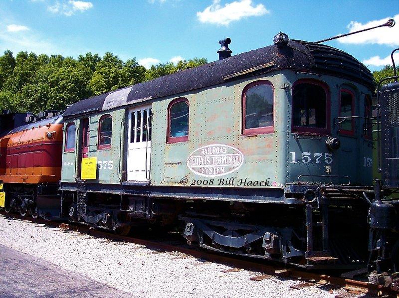 89_100_0152 NY IL Terminnal SYS Locomotive 080604.jpg